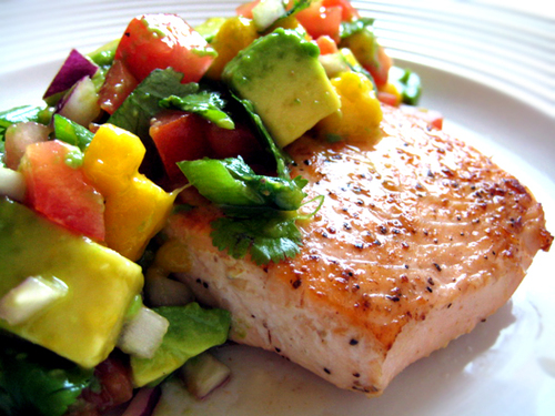 Recipe for Salmon with Mango Blueberry Salsa